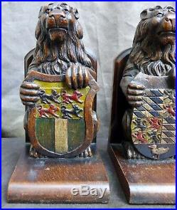 2 VERY Nice Antique wood carvings of lions, Book stand Dutch 18th. 19th. Century