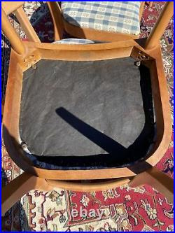 A Very Nice Set Of 5 Heywood-Wakefield Mid Century Modern Dog Bone Chairs