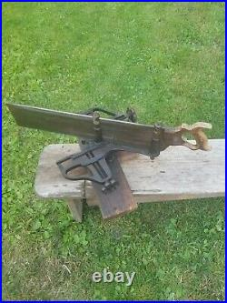ANTIQUE E. C. MARSH 45 DEGREE Miter box with 24 Henry Disston saw. Very nice