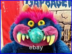 AWESOME RARE VINTAGE 1985 MY PET MONSTER With HANDCUFFS SHACKLES AMTOY VERY NICE