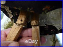 Antique 1800s 13 DOLL Peg Wooden Articulated Limbs/Dress/Bonnet VERY NICE
