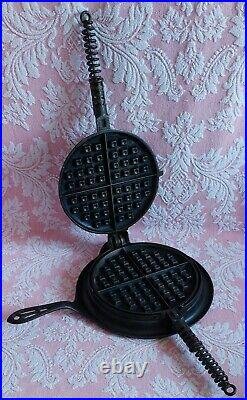 Antique 1908 GRISWOLD AMERICAN No. 8 WAFFLE IRON Very Nice CAST IRON 885B 886A