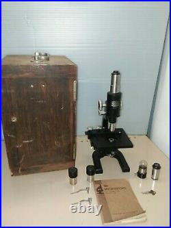 Antique 1933 Spencer Lens Co Microscope Black With Wooden Case. Very Nice
