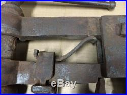Antique Blacksmith Tongue Vise Wagon Post 4Jaws Forged Very Nice Original Cond