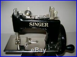 Antique Original Mini Singer Sewing Machine Cast Iron Very Nice