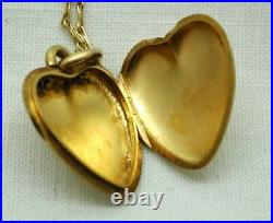 Antique Very Nice 15 carat Gold Heart Locket And Chain