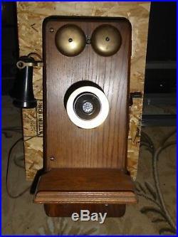 Antique Wood Wall Hand Crank Telephone Vintage Oak Phone Very Nice Pat. 1910