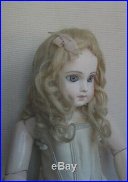 Antique beautiful original mohair wig with waves and curls soft very nice colour