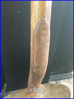 Antique/vintage D handle shovel. 3 Very nice