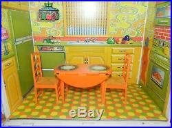 Barbie Surprise House Vintage 1970-72 Excellent Condition & Very Nice Orig Box