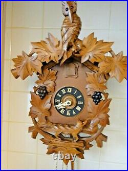 Cuckoo Clock Aesop's Owl, Fox And Grapes, Nice Gift, Very Collectable