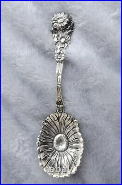 Daisy by Paye and Baker 5 1/4 long Sterling sugar spoon no mono Very Nice