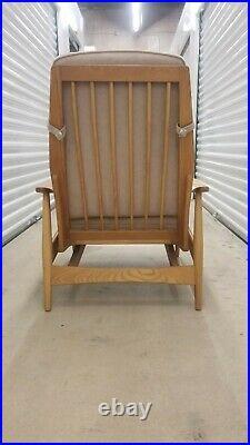Heywood-Wakefield Mid-Century Modern Rocking Lounge Chair very nice condition