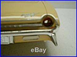 Johan Original 1961 Oldsmobile Super 88 1/25 scale kit, Built VERY NICE L@@K