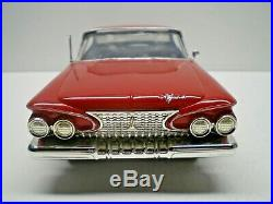 Johan Original 1961 Plymouth Fury 1/25 scale kit, Built VERY NICE L@@K