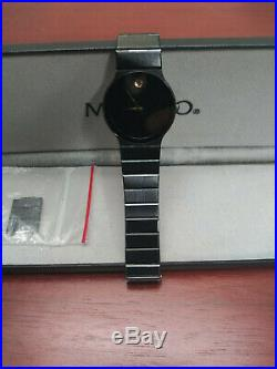 Movado watch 84. C6.880.2A MUSEUM BLACK stainless steel VERY NICE TIMEPIECE
