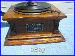 RARE ANTIQUE VICTOR TALKING MACHINE MODEL C. Working Condition and VERY NICE