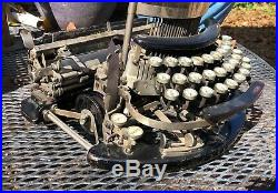 Rare Working Antique Imperial B Typewriter Very Nice Condition