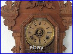 SETH THOMAS QUEEN BEE WALL KITCHEN CLOCK 8-Day Half Hour Strike Very Nice