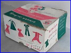 Very nice vtg SINGER 20 SEWHANDY toy child antique sewing machine & original Box