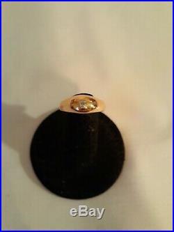 Vintage 14K Karat Solid Yellow Gold Ring with Diamond Very Nice! 5.55g