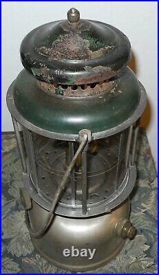 Vintage 1920's Coleman Lantern Quick Lite Nice condition Mica shades very clean