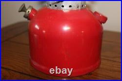Vintage Red Coleman Lantern 200A With Original Pyrex Globe 4/1971 Very Nice