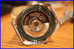 Vintage Waltham Diver watch 17 jewels For parts or repair Looks very nice