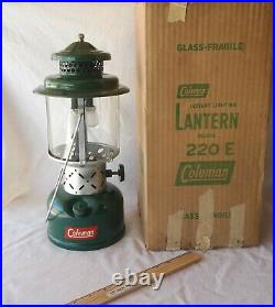 Vtg 1952 Coleman 220E Lantern Used once With Box Near Mint Very Nice
